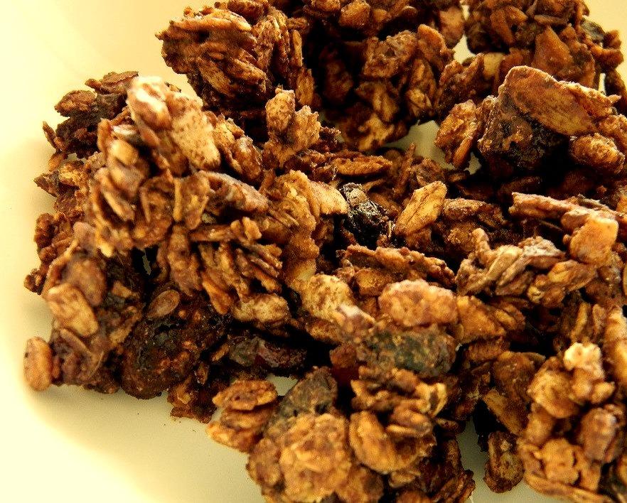 Chunky Aztec Chocolate Granola (by jazzijava)