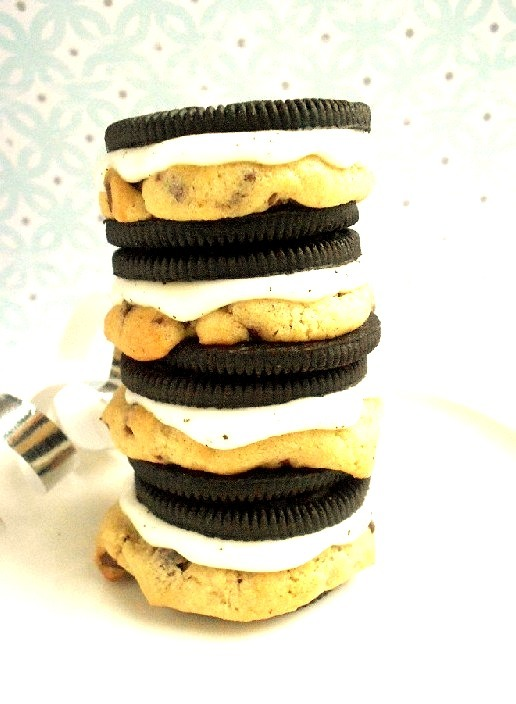 Recipe: Chocolate Chip Cookie Stuffed Oreos