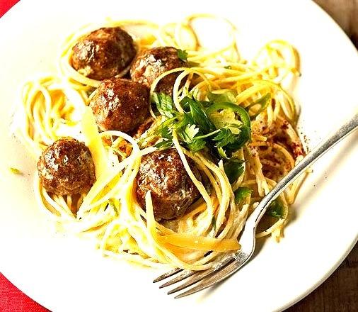 Spaghetti and Spicy Turkey Meatballs