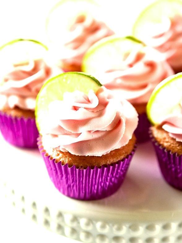 Recipe: Strawberry Margarita Cupcakes