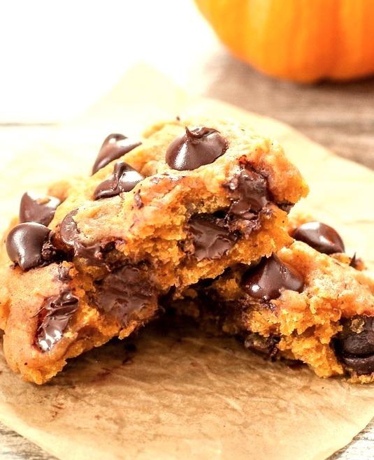 Microwave Pumpkin Chocolate Chip Cookie